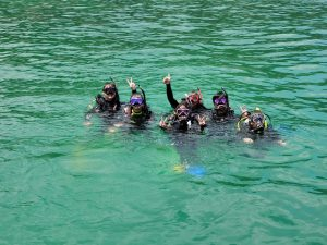 潛水上堂情況